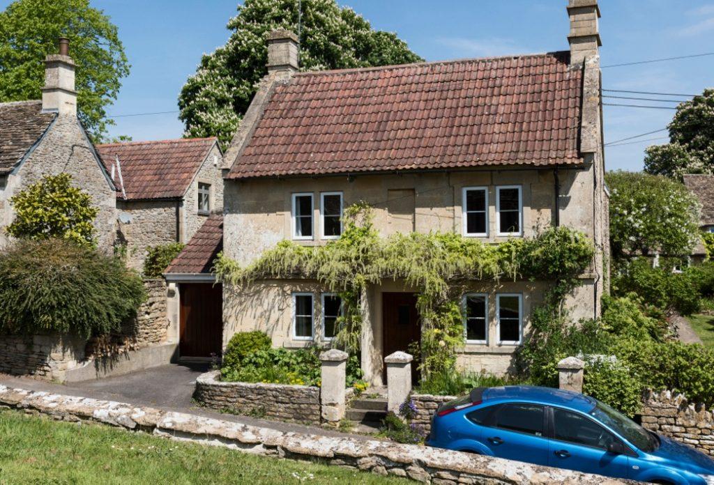 Church View House, 65 Monkton Farliegh, Nr. Bath. BA15 2QJ