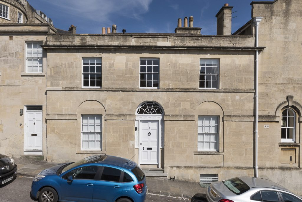 Harley Street, Lower Lansdown, Bath. BA1 2SF