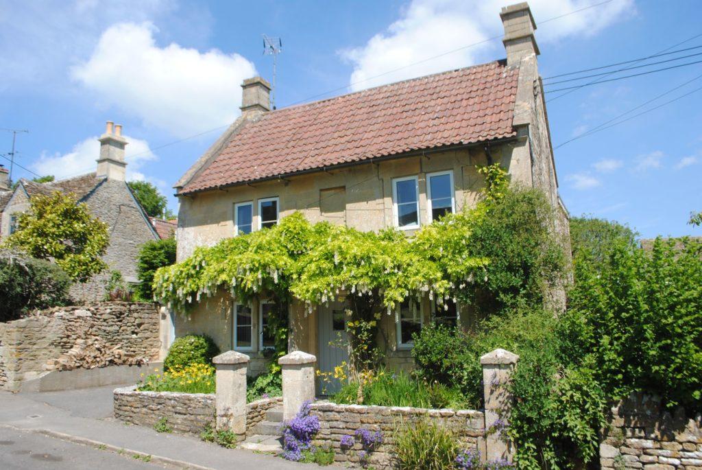 St Peters Cottage, 65 Monkton Farliegh, Nr. Bath. BA15 2QJ