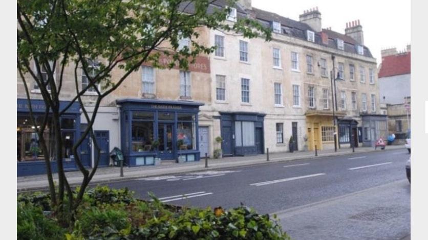 Ground floor shop premises, 5 Walcot Buildings, Bath. BA1 6AD