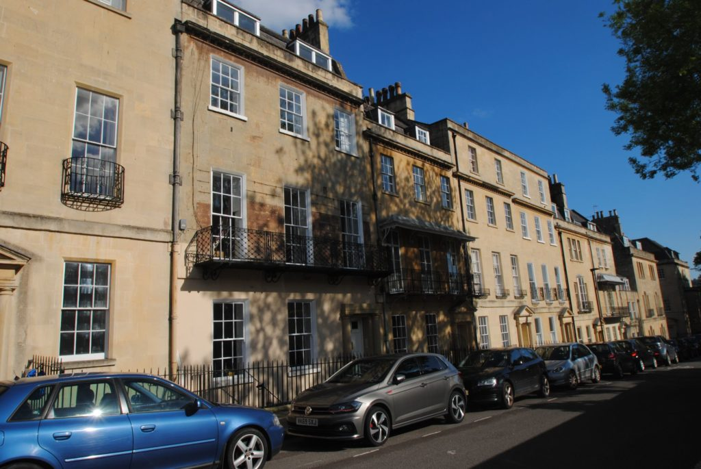 Courtyard Apartment 7 Upper Church Street, Bath. BA1 2PT